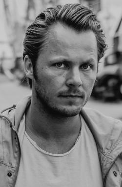 <b>Björn Ahrens</b> * 1981 - 383
