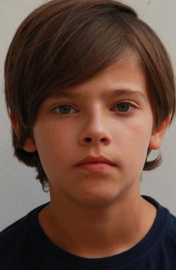 <b>Levi Strasser</b> * 2004 - 383